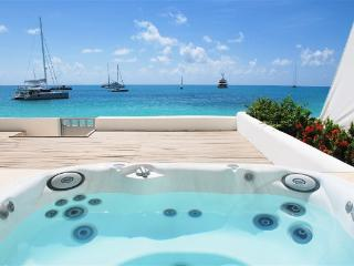 Aqualina 102 - Ideal for Couples and Families, Beautiful Pool and Beach - Simpson Bay vacation rentals