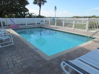 4 Bedroom just steps to beautiful Indian Rocks Beach for Spring Break! - Indian Rocks Beach vacation rentals