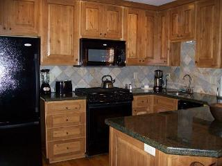 2 bedroom House with Internet Access in Donnelly - Donnelly vacation rentals