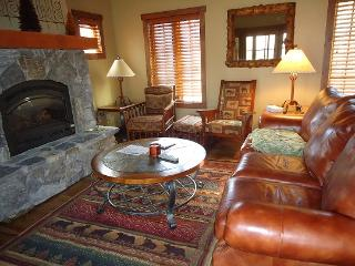 Cozy 2 bedroom Donnelly House with Dishwasher - Donnelly vacation rentals