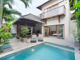 Villa Congo -2 bedrooms-Pool- Ilot Bali residence. - Seminyak vacation rentals