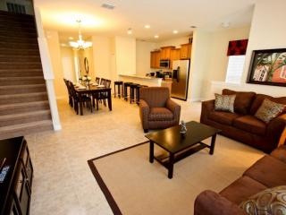 Paradise Palms Kissimmee Rental with Jacuzzi and WiFi - Kissimmee vacation rentals