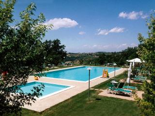 Lovely House with Internet Access and Washing Machine - Montespertoli vacation rentals