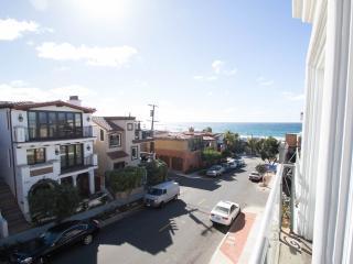Manhattan Beach House, steps from the Ocean - Manhattan Beach vacation rentals