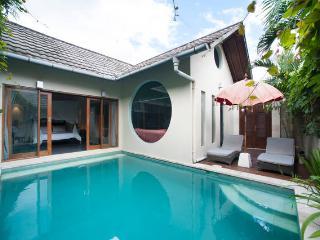 Villa Tokyo- 1bedroom private pool Seminyak BALI - Seminyak vacation rentals
