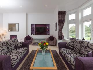 4 Shanklin Manor located in Shanklin, Isle Of Wight - Shanklin vacation rentals