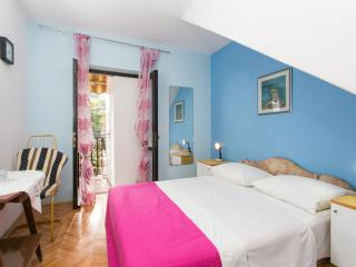 Guest house Avdic -Garden view - Dubrovnik-Neretva County vacation rentals