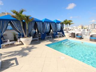 Ocean Drive Studio with 2 double beds - Miami Beach vacation rentals