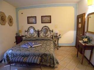 Camera doppia in B&B New Day Assisi - Assisi vacation rentals
