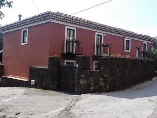 Bright 4 bedroom Villa in Ragalna - Ragalna vacation rentals