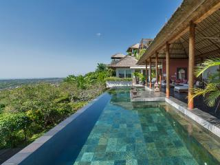 The Longhouse - an elite haven - Bukit vacation rentals