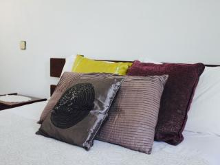 Guest House        Pensão Moderna - Nelas vacation rentals