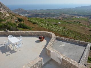 Aspronisi Villa (Sea View & Jacuzzi) - Pyrgos vacation rentals
