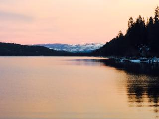 3 BR W Donner Lake, Lake View, Dog OK, Beach Club! - Truckee vacation rentals