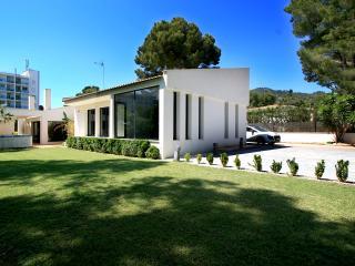 Design Villa in Costa de los Pinos - Costa De Los Pinos vacation rentals
