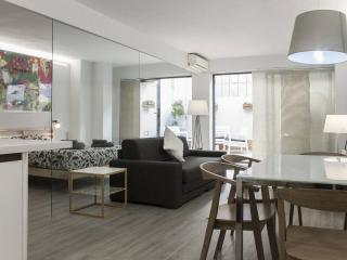 COZY NEW APARTMENT PERFECT LOCATION - Valencia vacation rentals