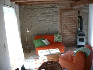 Vacation Apartment in Salem - 538 sqft, 1 bedroom, 1 living / sleeping area, max. 4 people (# 9281) - Salem vacation rentals