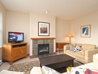 DEER RUN 303 Family size and comfortable Deer Run , 2 bedroom, 2 bath townhouse. - Whistler vacation rentals
