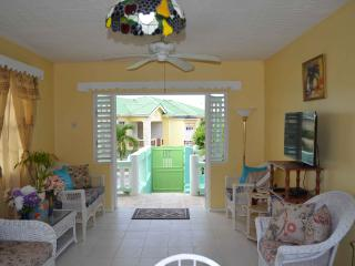 Tropical Pearl - Surfing Available - Maynards vacation rentals