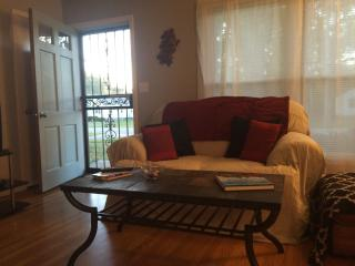 Cozy 3 bedroom House in Louisville - Louisville vacation rentals