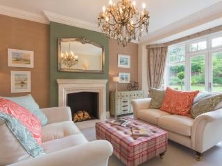 Spacious 6 bedroom Cookham Dean House with DVD Player - Cookham Dean vacation rentals