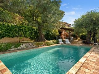 5 bedroom House with Private Outdoor Pool in Chateauneuf de Grasse - Chateauneuf de Grasse vacation rentals