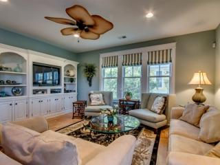 North Beach Plantation Luxurious 4 BR 4.5 BA Cottage Sleeps 12. 2.5 Acres of Pools. 658 Old Mill - North Myrtle Beach vacation rentals