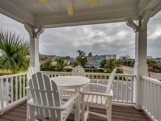 LAST MINUTE JUNE DISCOUNT!Luxury North Beach Plantation 2 BR 2 BA Townhome - North Myrtle Beach vacation rentals