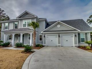 North Beach Plantation Lux 4BR 4BA~Private Pool, Hot Tub, 2.5 Acres Pools~Salt - North Myrtle Beach vacation rentals