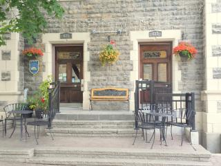 Charming downtown Bed & Breakfast - Montreal vacation rentals