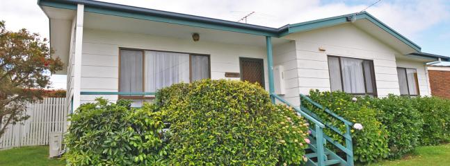 SWEET HOME ON DARLING - PETS WELCOME - Image 1 - Inverloch - rentals