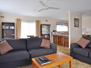 Lovely House with A/C and Television - Inverloch vacation rentals