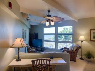 GULF FRONT CONDO!! - Beautiful 1 bedroom 1 1/2 bath condo. - Sanibel Island vacation rentals