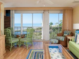 BEAUTIFUL GULF VIEWS!! LOVELY KIMBALL LODGE #302 - 100 YARDS TO THE BEACH - Sanibel Island vacation rentals