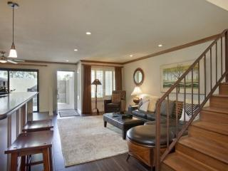 Steps from El Paseo -- Location! Style! Amenities!  Contemporary - Palm Desert vacation rentals