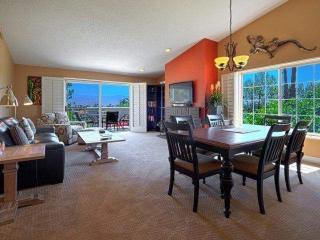 Bright and Breezy with Panoramic Mountain Views - Free Tennis & Fitness Desert Falls Country Club - Palm Desert vacation rentals