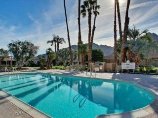 3 Master Suites Nestled Against Eisenhower Mountain - Indian Wells Country Club - Indian Wells vacation rentals