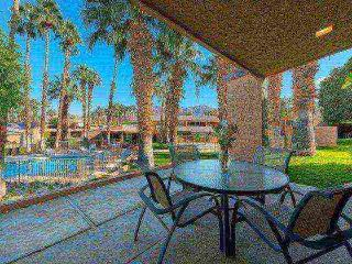 Beautiful 3 BR/3 BA Villa Ironwood CC -- East Facing Patio Steps to Pool & Spa - Palm Desert vacation rentals