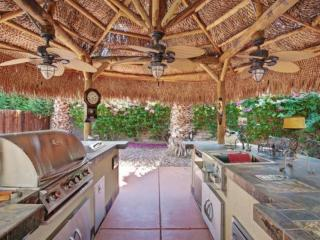 ENTERTAINER'S DREAM! Outdoor Kitchen/ Firepit /Tennis Cts. - Rancho Mirage - Rancho Mirage vacation rentals