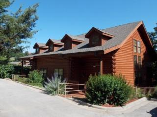 Cabin @ Grand Mountain - Branson vacation rentals