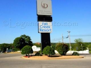 Lake Taneycomo 2BDR Condo in Fall Creek Resort (42-9) - Branson vacation rentals