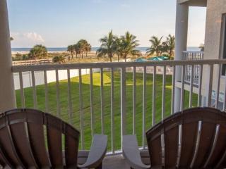 Cozy 2 bedroom Treasure Island Condo with Internet Access - Treasure Island vacation rentals