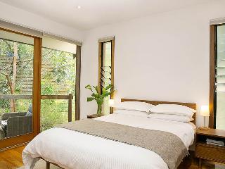 Perfect 1 bedroom Bed and Breakfast in Aldgate - Aldgate vacation rentals