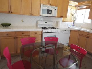Margate 3bdr+1.5Bth Apt - Los Angeles vacation rentals