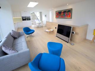 Modern Detached Townhouse in St Andrews - Saint Andrews vacation rentals