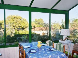 House with garden view near ocean - Le Verdon Sur Mer vacation rentals