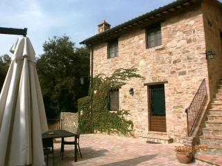 I Casali di Colle S. Paolo- cottage, pool, terrace - Colle San Paolo vacation rentals