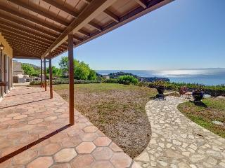 Upscale clifftop home with stunning ocean views, room for 6 - Rancho Palos Verdes vacation rentals
