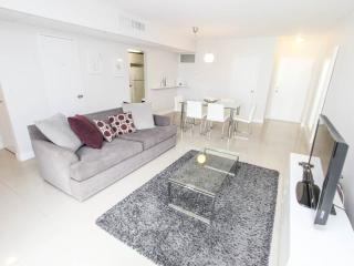 Fully Renovated Apartment, Direct access to beach - Hollywood vacation rentals