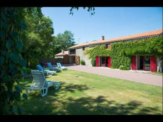 La Glycine - Aizenay vacation rentals